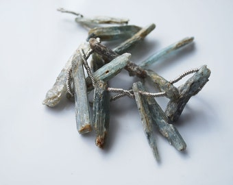 7 In Strand, Kyanite Top Drilled Sticks, 25 MM