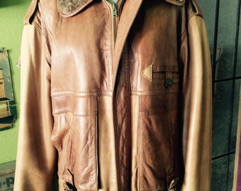 Vintage leather 1990's bomber/aviator jacket size M/L