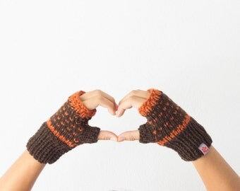 Fingerless gloves in brown and orange texting mittens hand knit gloves wrist warmers women knit gloves winter accessories