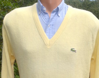 70s vintage golf sweater v-neck LACOSTE izod alligator yellow preppy soft Medium acrylic 80s