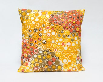 Yellow Dotted Retro Pillow Cover - 16x16 - 40x40 cm