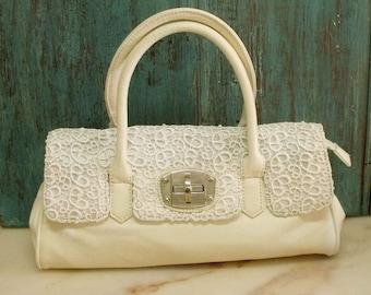 Vintage White Guipur lace handbag pearls