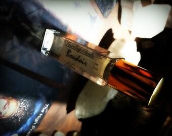 Boudoir Perfume Oil - Vanilla Amber Sandalwood Oak Cedarwood Patchouli