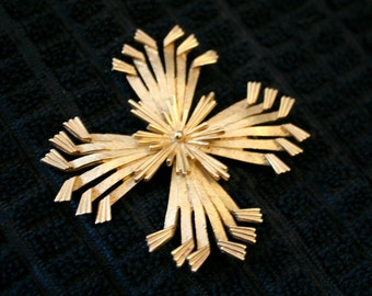 Kings Cross Brooch, textured gold tone cross pin