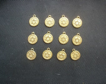 8 Star of David, Hexagram Charms Antiqued Gold Tone Metal 18mm