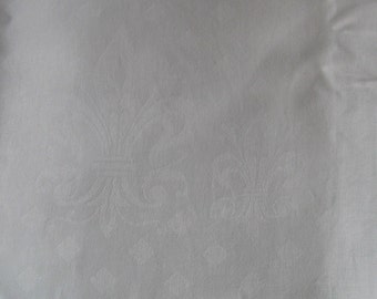 White Damask Tablecloth . damask tablecloth .  Fleur-de-lis Tablecloth . Linen Damask Tablecloth