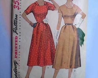 Vintage 50s Dress with Detachable Neck & Sleeve Trim Pattern 30