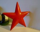 super hero big red star pin 1980s brooch vintage enamel jewelry