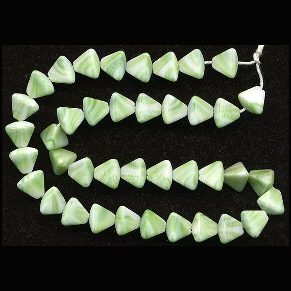 Vintage Green & White Beads 7mm Pyramid Shape Matte W. G.