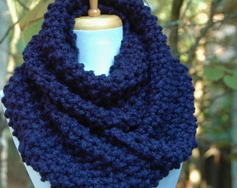 Knit Infinity Scarf, Navy Blue Scarf, Chunky Knit Scarf, Women's Scarves, Knitted Neck Warmer, Wool Scarf, Winter Scarf, Knit Circle Scarf