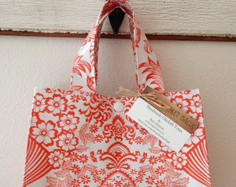 Beth's Paradise Oilcloth Lunch Box Bag