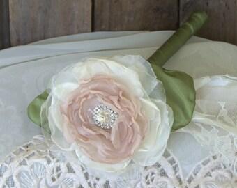 Single Flower Brooch Bouquet ,Flower girl wand, Fabric Flower bouquets, wedding flowers, bridesmaids bouquet,Wedding Alternative Bouquet