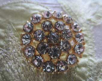 Vintage Button - 1 inch, large  beautiful flower design, gold finish metal, rhinestone embellished (lot aug 112)