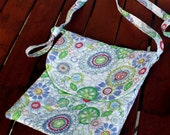 Groovy Flowered Purse with Green Lining