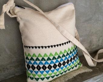 Cross body shoulder bag handwoven fabric beige geometric design