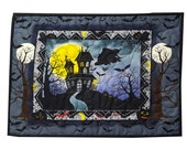 Halloween Wall Quilt Haunted House in Black
