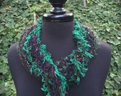 Deep green knitted collar with infinity twist and fringe (sku#08-S)