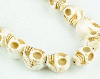 Skull beads Day of the dead skull beads  14x18mm Skull Beads, about 25 beads per 16in strand OE0800A