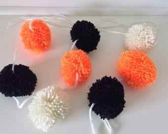 halloween pom pom garland handmade 10 yarn bobble pom poms orange black and - Halloween Pom Poms