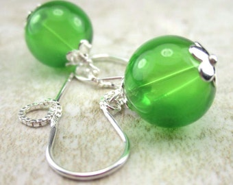 Green Glass Bubble Threader Earrings 925 Sterling Silver Chain Earrings
