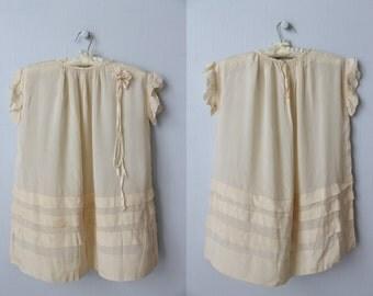 Antique 1920s Flower Girl Dress / 1920s Bridesmaid Dress / Flapper Wedding