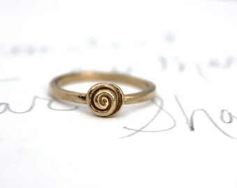 real gold rose ring . 14k yellow gold statement ring . rustic solid gold wedding engagement ring . made to order by peaces of indigo