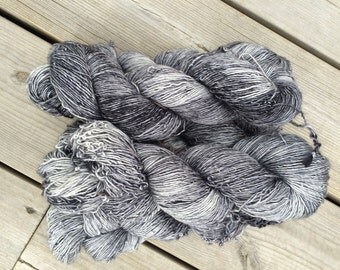 Superwash merino singles Graphite