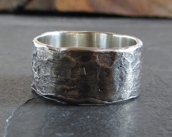 Rustic sterling silver band // rustic ring / oxidized silver ring / unique ring / statement ring / wedding ring / mens ring / unisex ring
