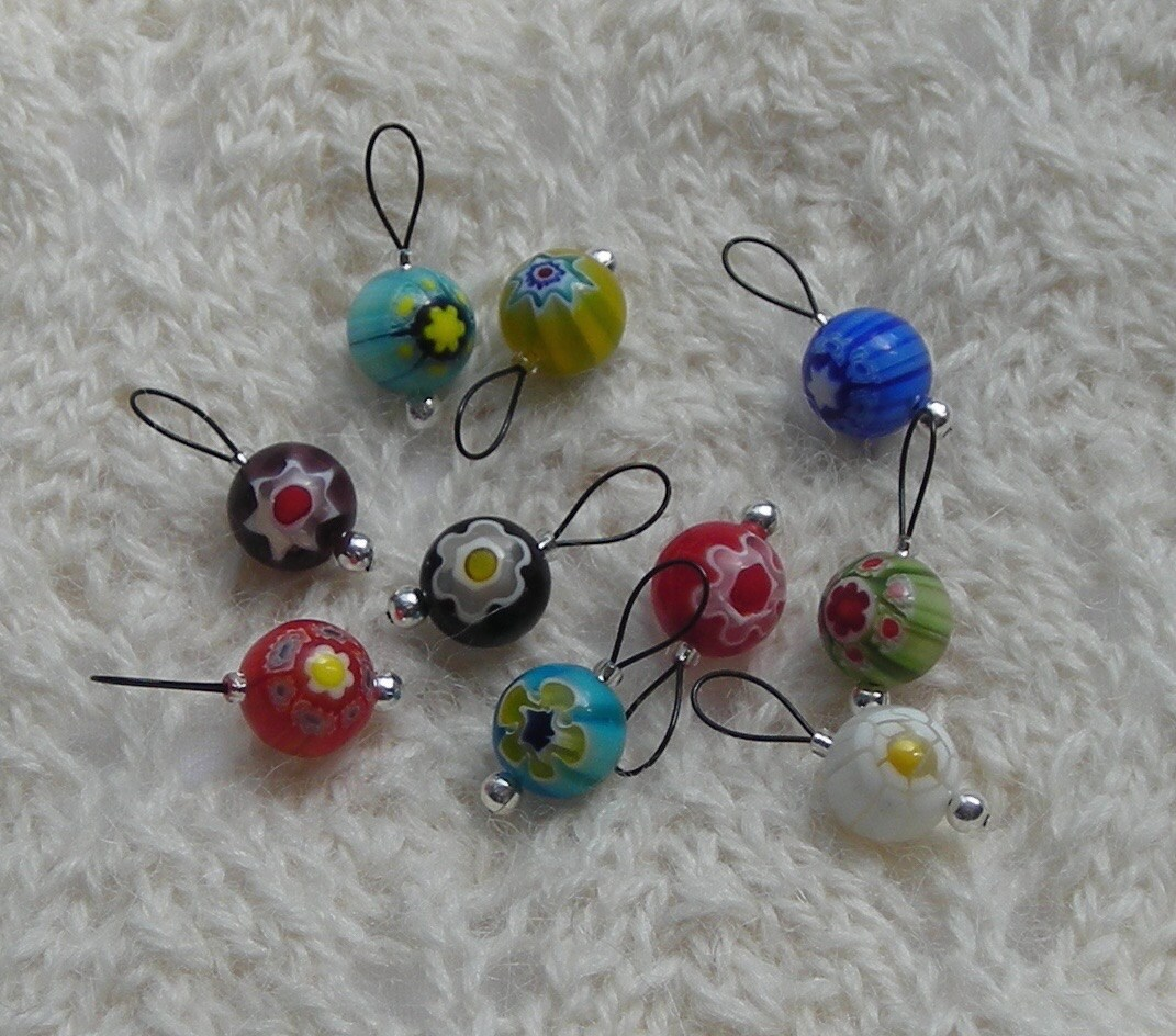Knitting Markers Beads : Knitting stitch markers snag free loops millefiori beads