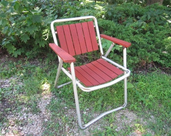 Vintage Mid Century Modern Aluminum and Redwood Folding Lawn Patio Chair