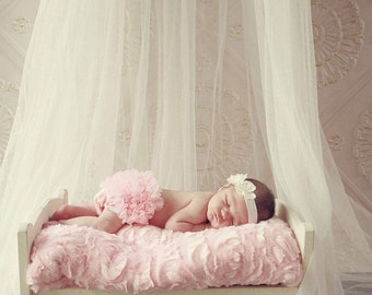 Light Pink Baby Bloomer, Bloomers, Baby Girl Bloomer, Ruffle Bum Bloomer, Newborn Baby Bloomer, Diaper Cover, Ready to ship