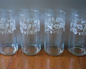 Four Libbey Glasses/ Tumblers - Clear with white floral band   - 1970's - Daisies -  Cottage Chic - Sweet Tea :)