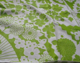 Vintage Cotton Green White Flowers Fan Fabric 4 Yards