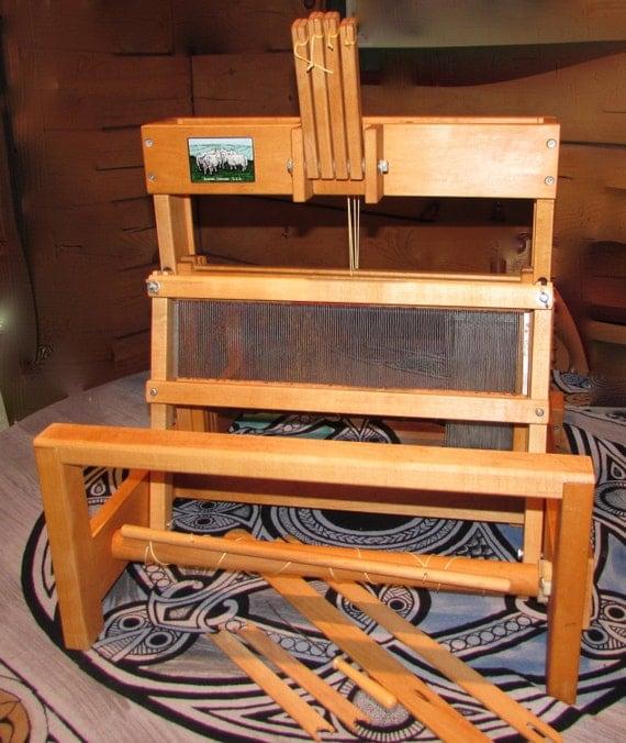 utilis le m tier tisser de table 15 1 2 pouces de large. Black Bedroom Furniture Sets. Home Design Ideas