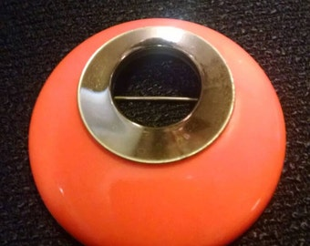 Vintage Sarah Cov 60s Mod Orange and Gold-Tone Round Brooch