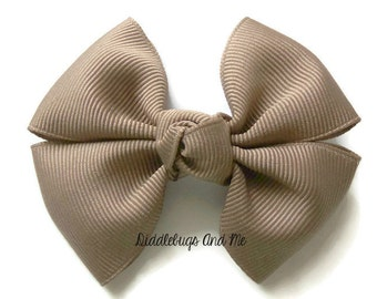 Taupe Pinwheel Bow, Girl's Bow, Hair Bows For Girls, Back To School Hair Bows, Fall Pinwheel Bows, Toddler Bows, Girls Barrettes