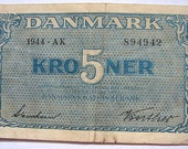 Vintage World War Two DENMARK 5 KRONER BANKNOTE Denmark P.35a 5 Kroner 1944 Paper Money Bank Note