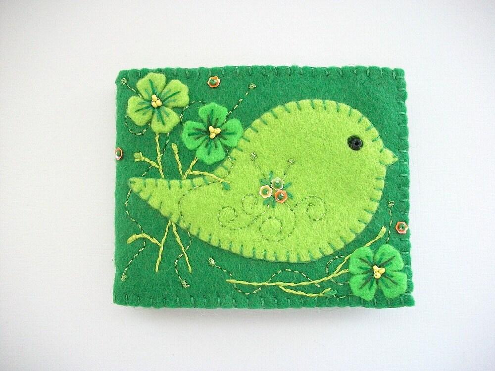 Needle Book Green Felt Needle Case With Light Green Folk Art
