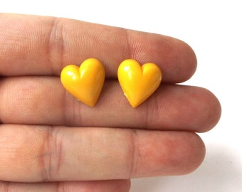 yellow heart post earrings stainless steel vintage 1960's resin womens fashion jewelry lemon stud retro modern love bright simple fresh old