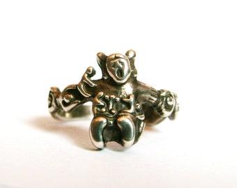 Sterling Silver Storyteller Ring Size 7