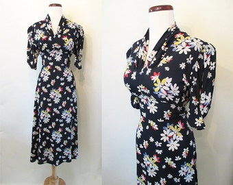 Lovely 1940's Rayon Navy Blue Floral Print Dress Old Hollywood Pinup Girl WWII USO Starlet Glamour Size-Large-X-Large