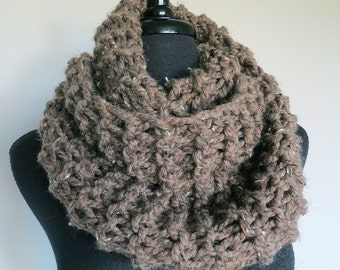 FREE US SHIPPING - Outlander Inspired Dark Taupe Light Brown Gray Color Chunky Wool Acrylic Yarn Claire's Knitted Cowl Infinity Scarf