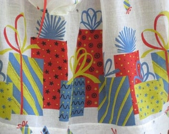 Birthday Apron Presents Hostess Serving Half Apron Vintage Gift Perfect Lightweight Sheer Fabric Sweet!