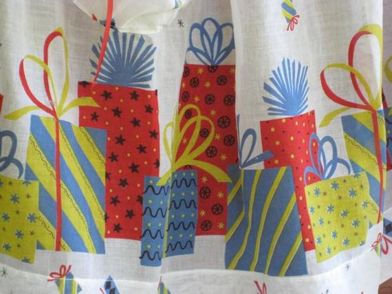 Birthday Apron Presents Hostess Serving Half Apron Vintage Gift Perfect Lightweight Sheer Fabric Sweet!
