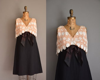 vintage 1960s dress / crochet lace black dress / 60s dress