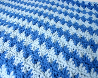 Crochet afghan blue zigzag lap throw light medium blues ripple home decor couch blanket bedding thick double stranded winter covering