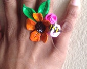 Bumbling in the Garden - CGnL Gallery Ring