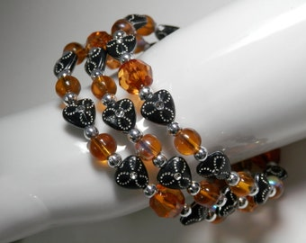 Beaded Memory Wire Cuff Bangle Bracelet Amber Faceted Glass Black Acrylic Beads Round Silver Tone Spacers Accessory OOAK One Size Fits All