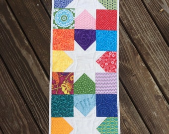 Scrappy Stars Quilted Table Runner
