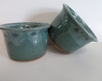 Bakers ,Pottery, Stoneware,Wheelthrown.
